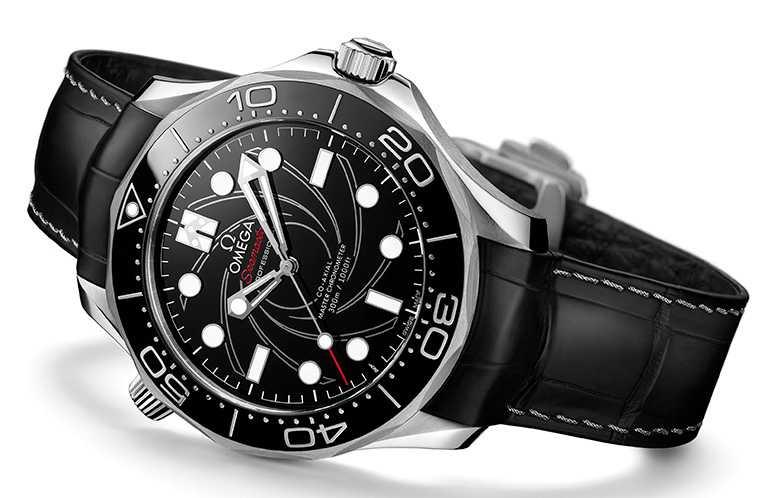 omega「Seamaster海馬」系列,潛水300米詹姆斯龐德限量版腕錶,鉑金錶殼,42mm╱1,695,900元。(圖╱omega提供)