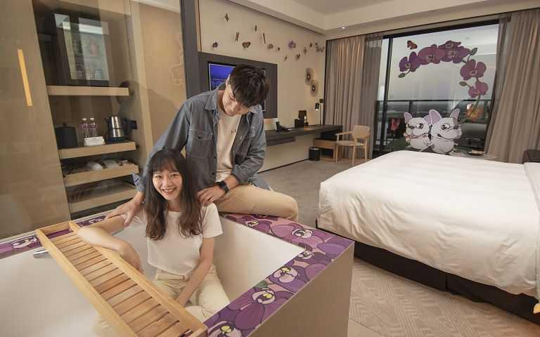 台南大員皇冠假日酒店 法鬥主題房(蘭花篇)。