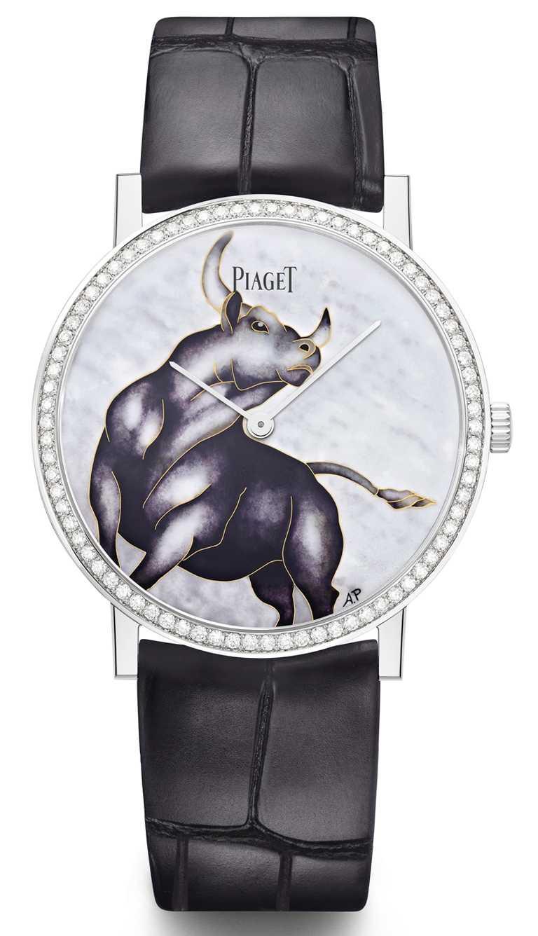 PIAGET「Altiplano超薄」系列,牛年生肖掐絲琺瑯工藝腕錶╱38mm,18K白金錶殼,430P型超薄手動上鏈機芯,鑽石78顆,限量38只╱2,120,000元。(圖╱PIAGET提供)