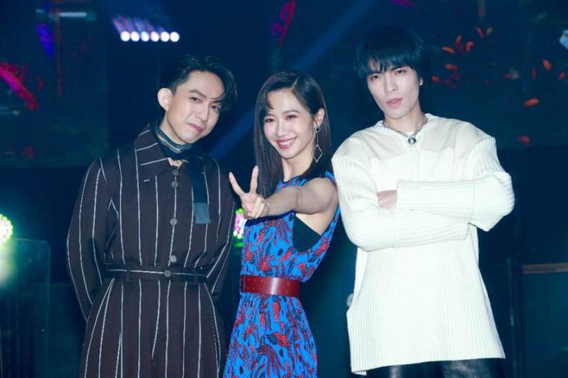 林宥嘉和蕭敬騰對於lulu金曲表現相當讚賞。(攝影/施岳呈)