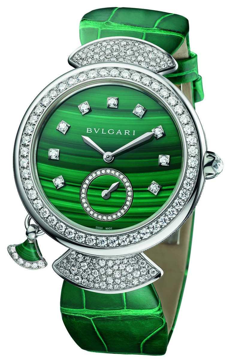 BVLGARI「Divas' Dream Finissima」孔雀石超薄三問腕錶,37mm,鑽石336顆,限量10只╱5,880,000元。(圖╱BVLGARI提供)