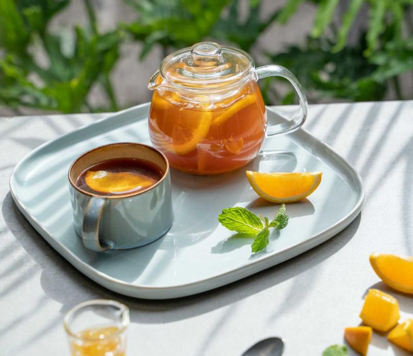 冬日晨曦香料橙柚水果茶。(圖/P&T柏林茶館提供)