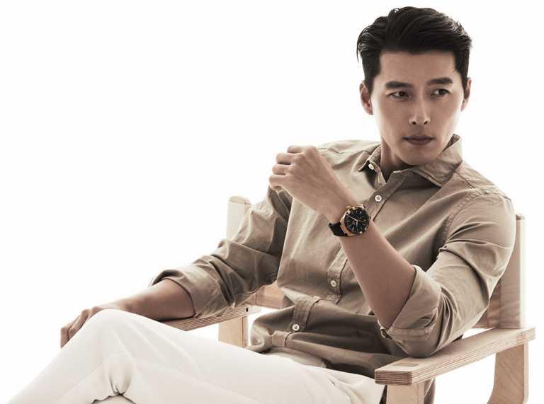 韓國演員玄彬,佩戴OMEGA「Constellation星座」系列同軸擒縱大師天文台腕錶,盡顯俐落英氣。(圖╱OMEGA提供)