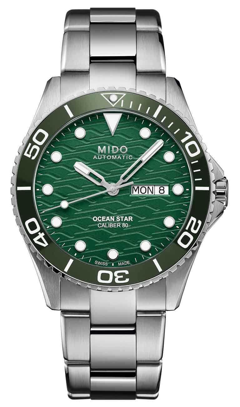 MIDO「Ocean Star海洋之星」系列200米陶瓷圈腕錶,42.5mm,精鋼錶殼,Caliber 80型自動上鏈機芯╱33,400元。(圖╱MIDO提供)