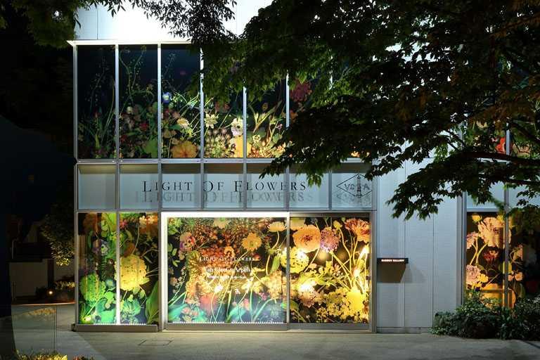 梵克雅寶《Light of Flowers》期間限定展覽,選於東京代官山蔦屋書店的Daikanyama T-SITE花園藝廊舉辦。(圖╱Van Cleef & Arpels提供)