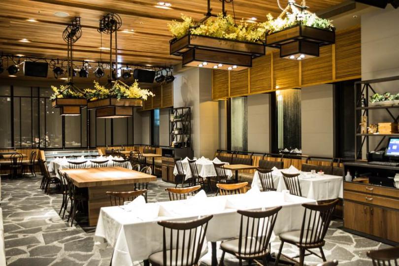 義式料理「al sorriso」位於台北設計旅店Home Hotel大安一樓。