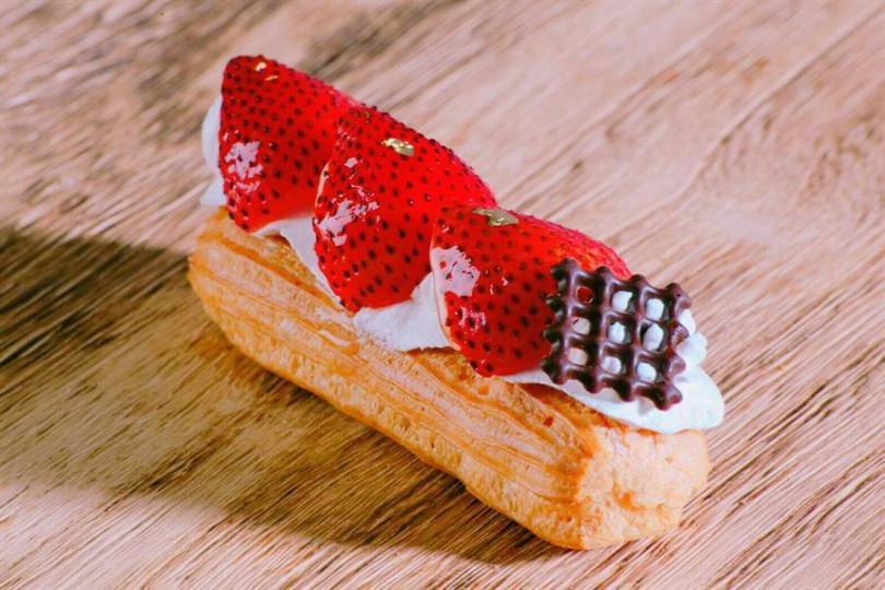 台南台糖長榮酒店,草莓閃電泡芙。