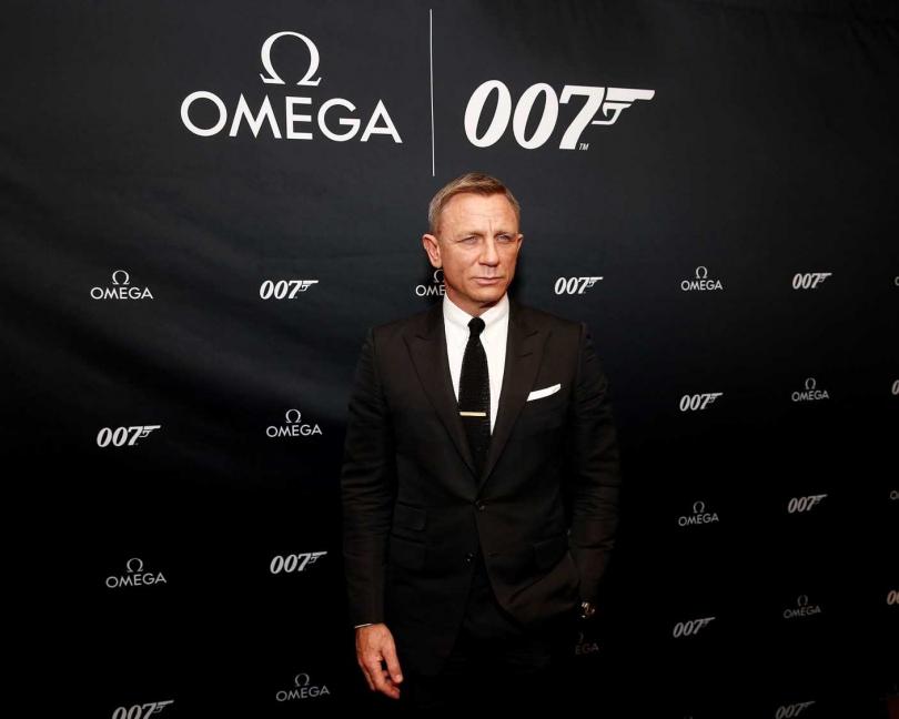 慶祝歐米茄全新龐德腕錶上市,詹姆士‧龐德系列電影男主角Daniel Craig在紐約發表會帥氣亮相。(圖片提供╱omega)