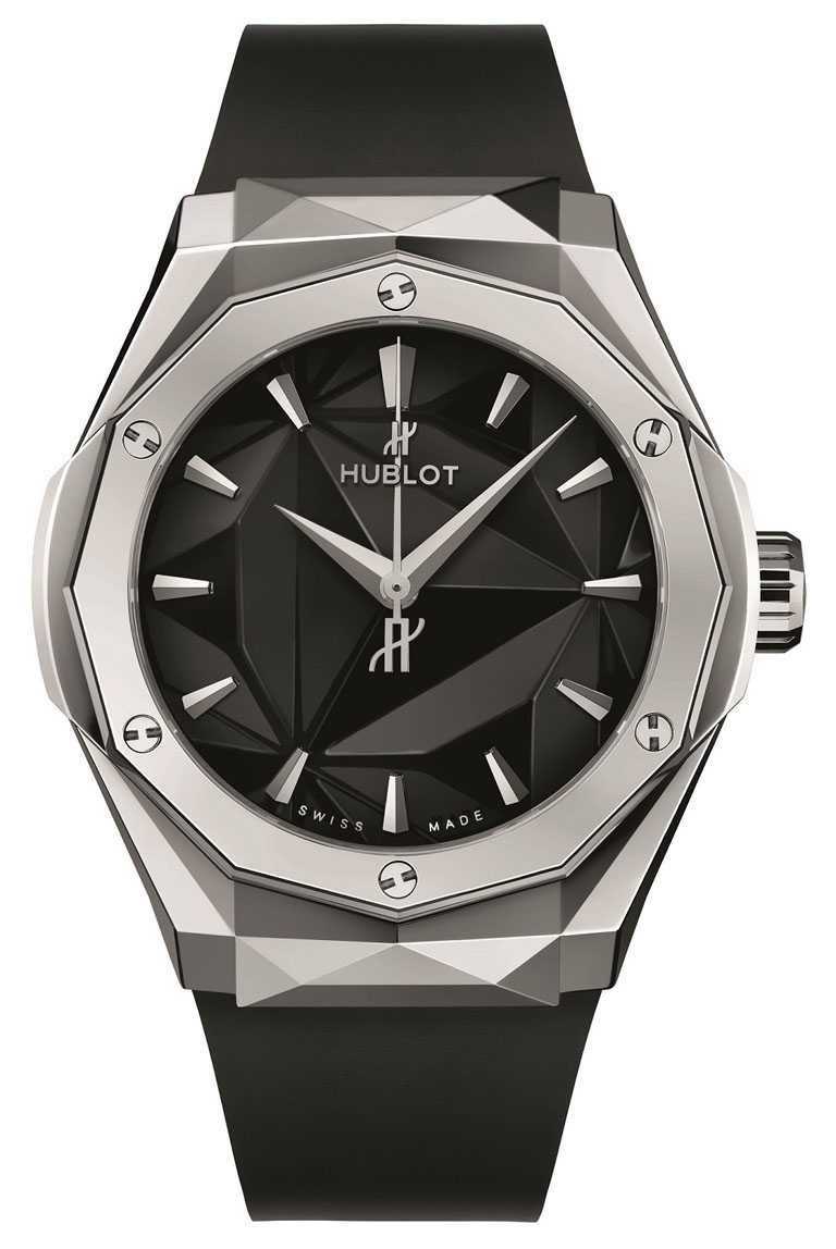 HUBLOT「ORLINSKI經典融合系列」女性腕錶,鈦金屬款╱拋光鈦金屬錶殼,40mm╱357,000元。(圖╱HUBLOT提供)