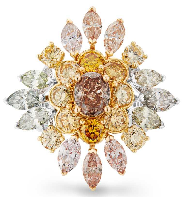 DE BEERS「Reflections of Nature」系列高級珠寶,Landers Radiance簇環鑽石戒指。(圖╱DE BEERS提供)