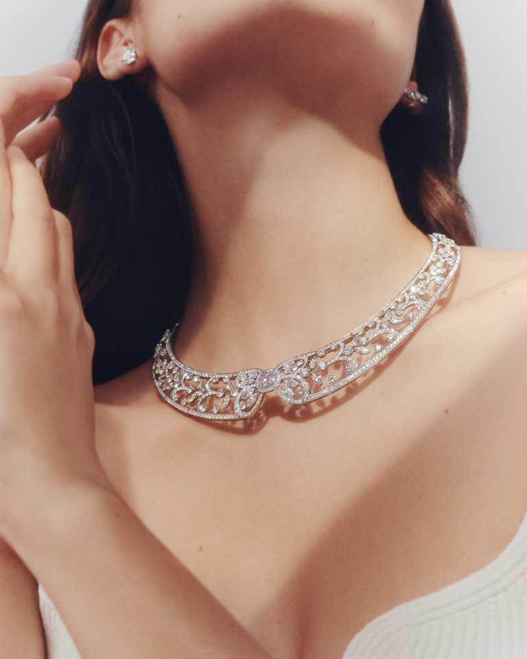 DE BEERS「Reflections of Nature」系列高級珠寶,Ellesmere Treasure鑽石項鍊。(圖╱DE BEERS提供)