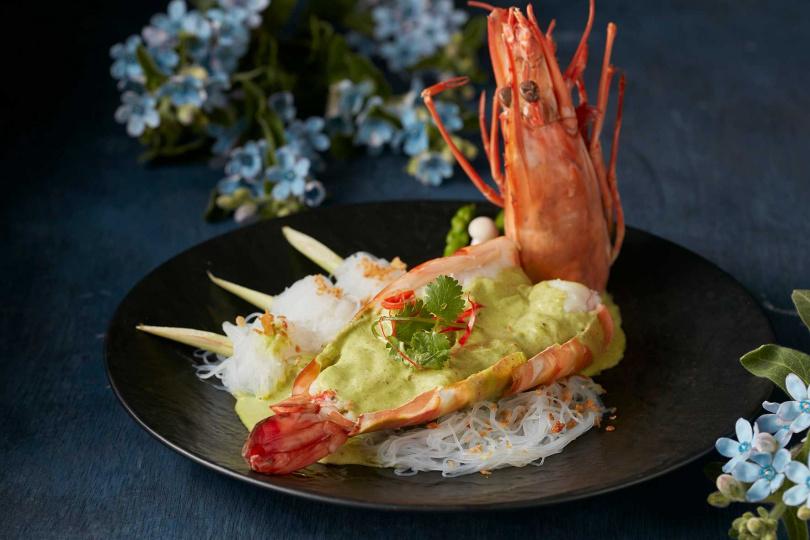 綠咖哩手臂蝦。(圖/台北喜來登SUKHOTHAI提供)