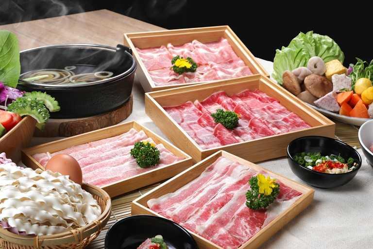 「日暮裏」為築間鍋物最新吃到飽品牌,從11月20日開幕日起連八天優惠,最低只要6折起。