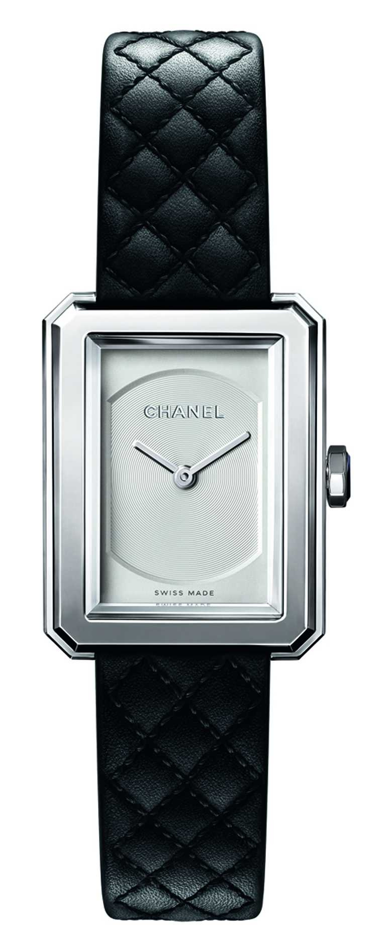 CHANEL「Boy·Friend」腕錶(小型款),27mm╱124,000元。(圖╱CHANEL提供)