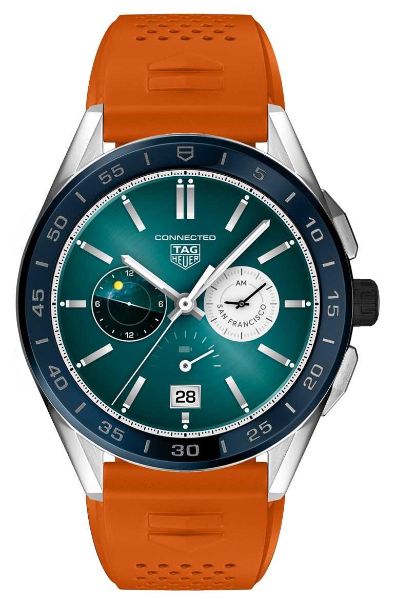 TAG HEUER「CONNECTED」智能腕錶,海洋深藍色陶瓷錶圈,45mm,精鋼錶殼,橘色橡膠錶帶╱58,900元。(圖╱TAG HEUER提供)