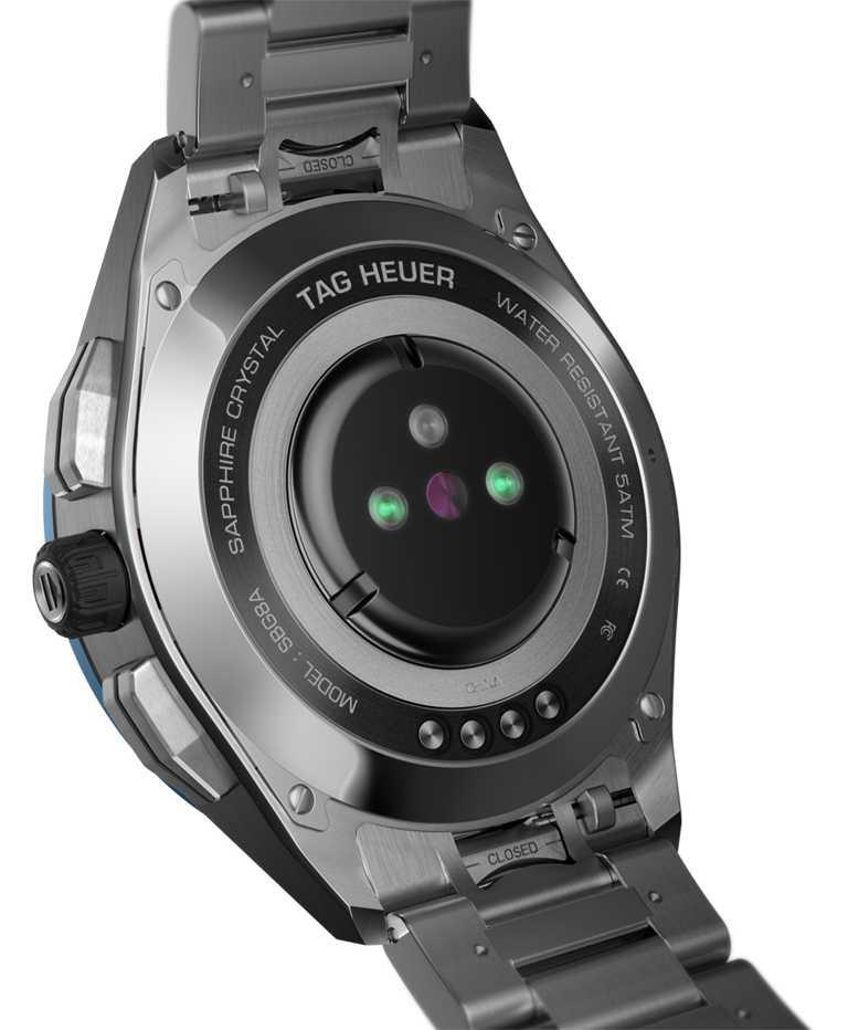 置於錶背底蓋、由高科技樹脂製成的新型非醫療級心率感測器,能準確計算卡路里消耗量。(圖╱TAG HEUER提供)