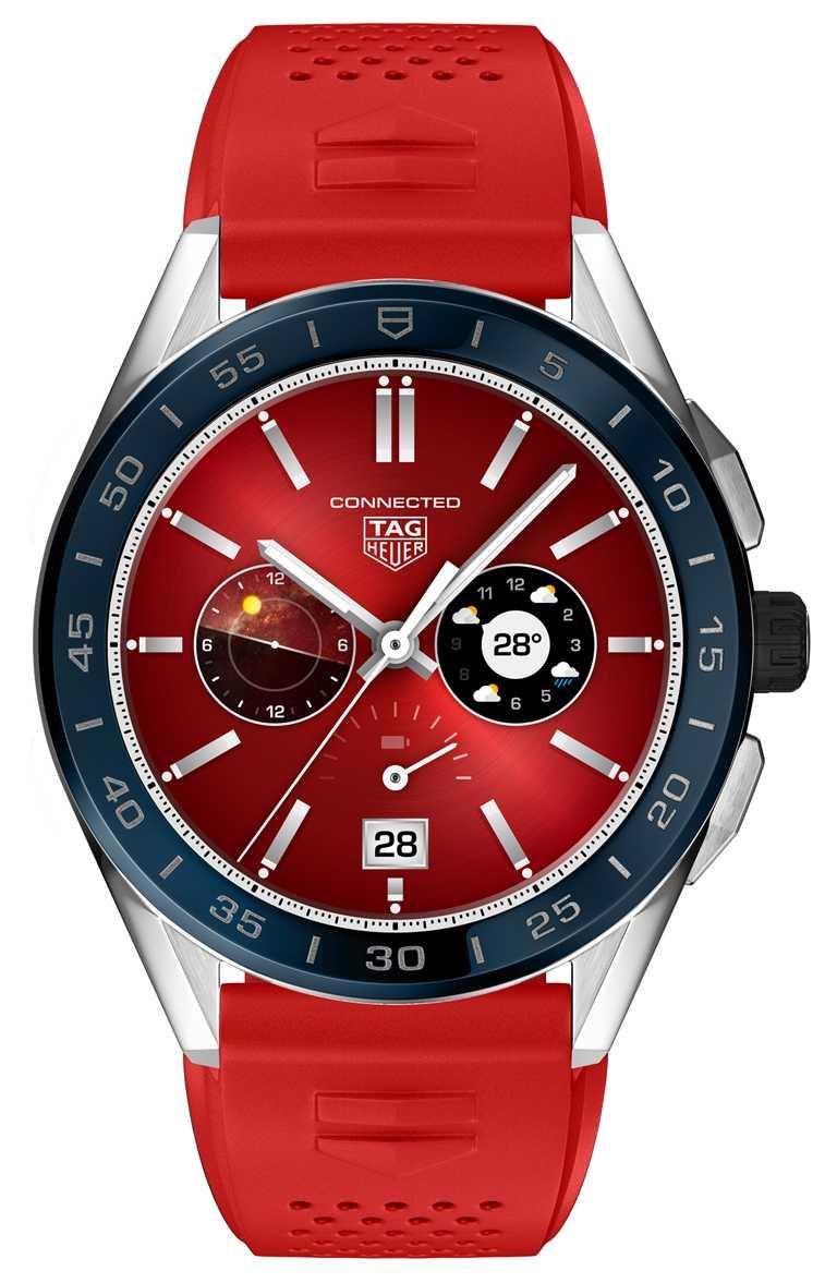 TAG HEUER「CONNECTED」智能腕錶,海洋深藍色陶瓷錶圈,45mm,精鋼錶殼,紅色橡膠錶帶╱58,900元。(圖╱TAG HEUER提供)