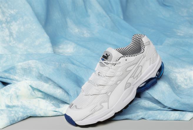 獨特的鞋帶支撐系統讓行走時,更加穩固!PUMA CELL Alien KOTTO 3,680元,預計8/1上市。(圖/PUMA)
