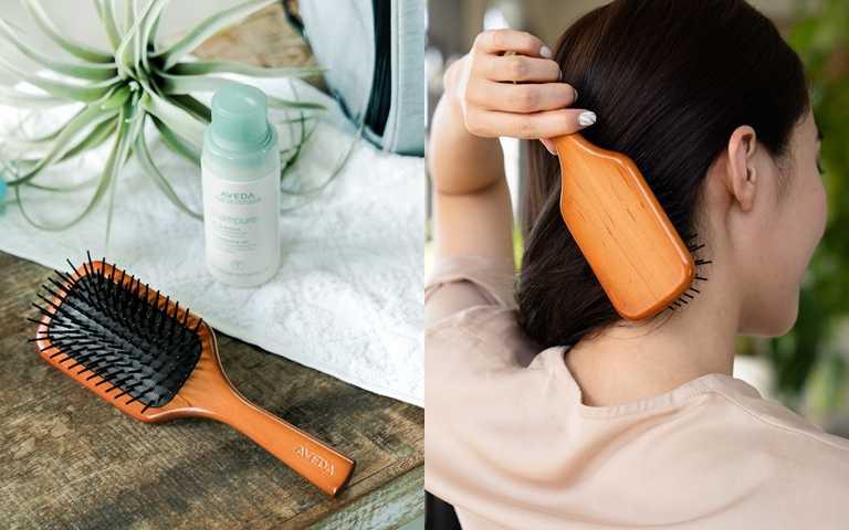 養成出門在外使用「隨行按摩梳」的好習慣,能避免常常用手摸頭髮,也可減緩頭皮出油及頭髮扁塌的狀況發生喔。(圖/品牌提供)