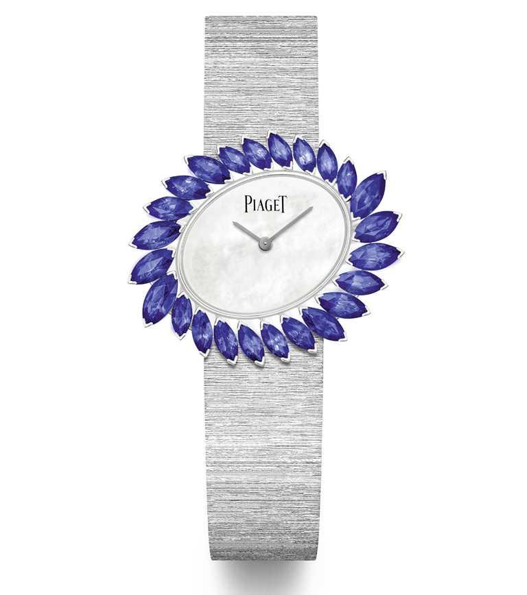 PIAGET「Golden Oasis系列」之「Desert Minerals-Blue Waterfall」藍寶石頂級珠寶腕錶,18K白金錶殼,27.9mm╱3,900,000元。(圖╱PIAGET提供)