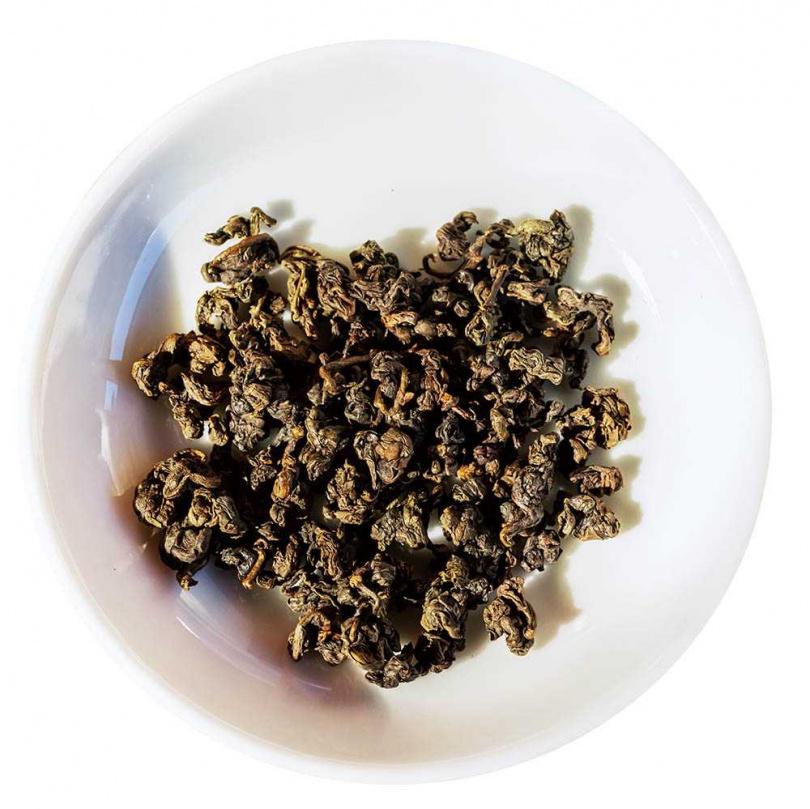 中發酵重烘培的有機鐵觀音,喝起來順口回甘。(1050元)(圖/林士傑攝)