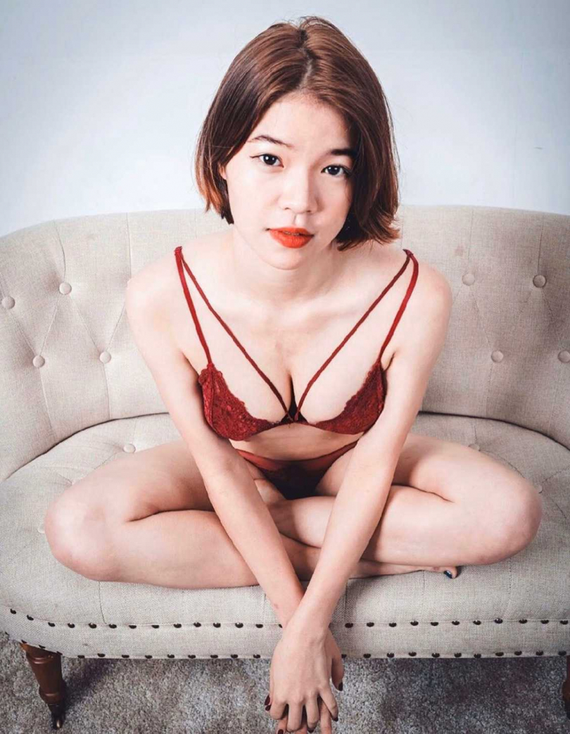 林雨辰自曝讀書得全裸才沒壓力。(圖/風雅國際娛樂提供)