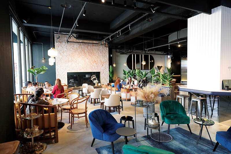 ATC店內設計了不同的風格,客人可隨心挑選喜歡的位子。(圖/于魯光)