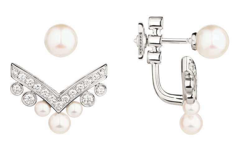 CHAUMET「Joséphine Aigrette系列」18K白金珍珠耳環╱元。(圖╱CHAUMET提供)