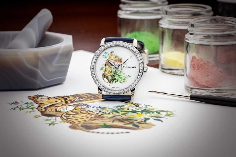 工藝師為了將雲豹優雅的神韻展現於錶盤上,運用了工坊著名的五大工藝。