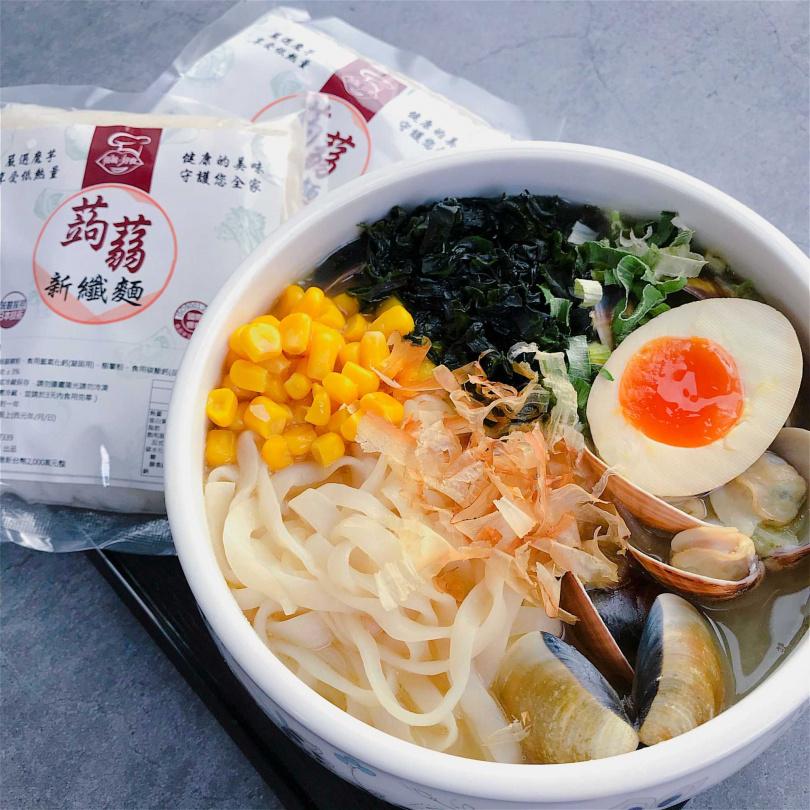 搭嘴好食「低卡蒟蒻纖麵_蒟蒻麵」。(260元/5入,圖/Pinkoi提供)