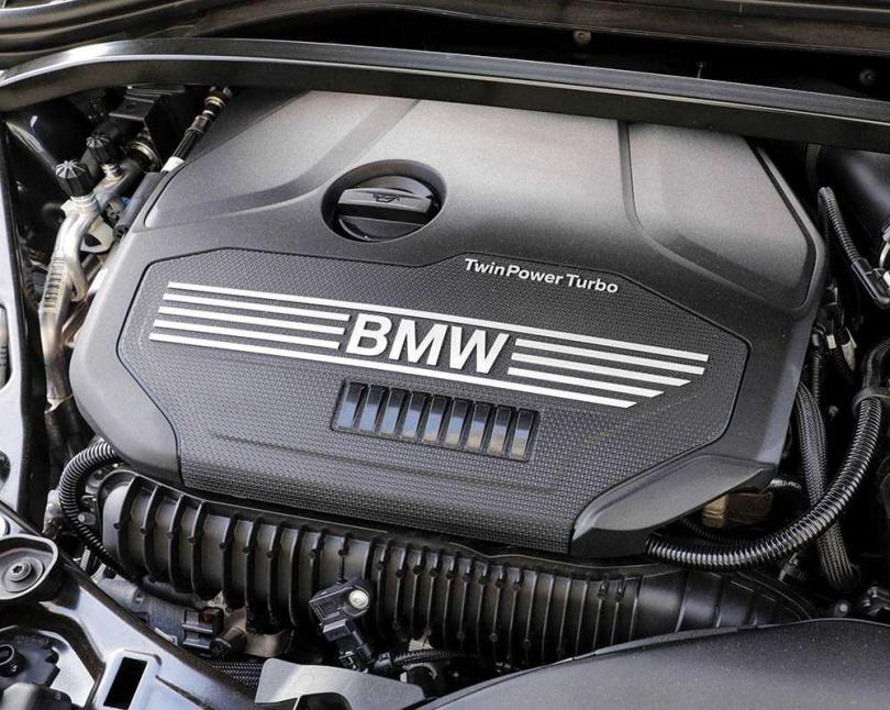 搭載2.0升直列四缸渦輪增壓引擎,可輸出178匹最大馬力與28.5公斤米最大扭力。(圖/馬景平攝)