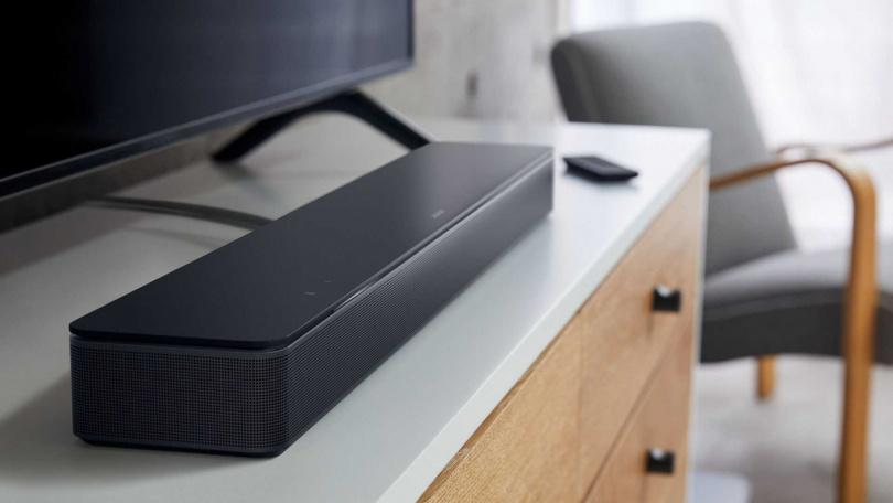 Bose 智慧型家庭娛樂揚聲器 300,售價:NT$15,000