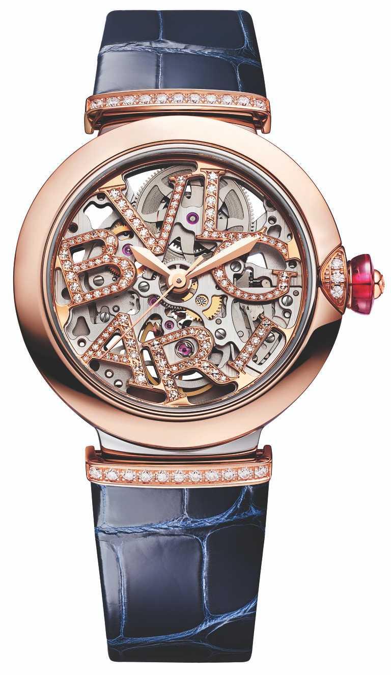 BVLGARI「LVCEA Skeleton」鏤空鑲鑽腕錶,33mm,精鋼與玫瑰金錶殼,自製BVL191SK 自動上鍊鏤空機芯,鑽石140顆╱361,800元。(圖╱BVLGARI提供)