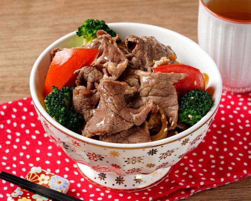 澄江日本料理推出「牛肉壽喜燒飯」。(圖/神旺大飯店提供)