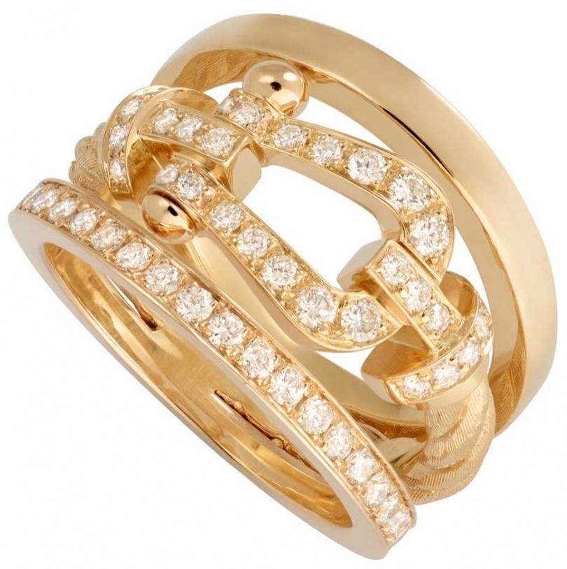 FRED「Force 10」系列高級珠寶,黃K金鑲鑽三環戒指╱253,200元。(圖╱FRED提供)