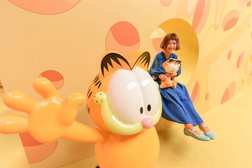 Lulu現身《加菲貓40周年特展》看展。(圖/張祐銘攝)