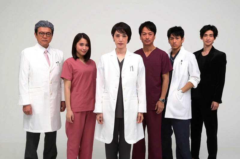 「收視女王」天海祐希再次發功,《頂級手術刀-天才腦外科醫生的條件-》目前稱霸本季收視冠軍。(圖/翻攝自網路)