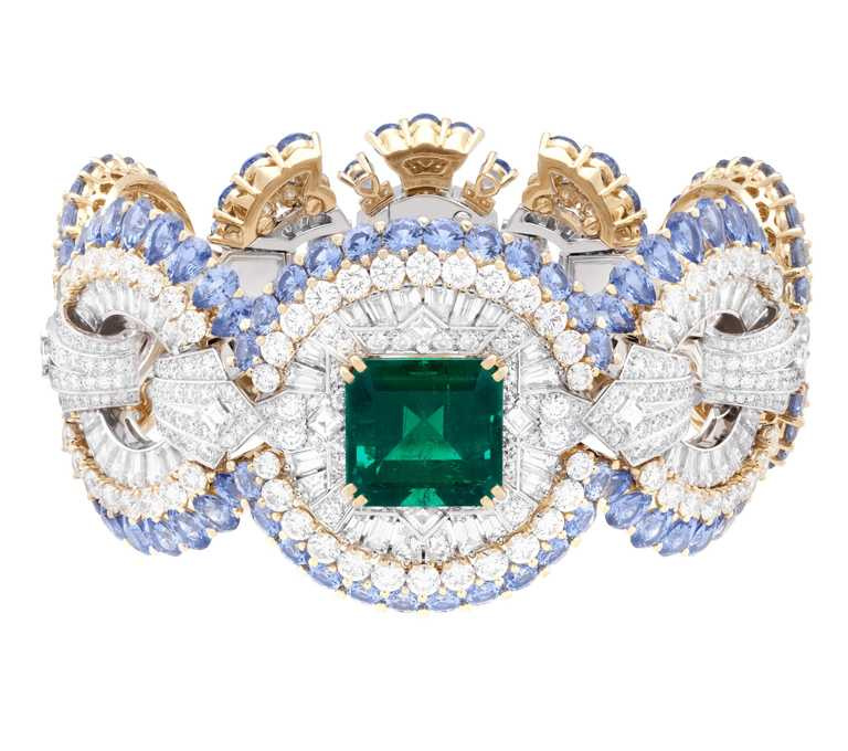 Van Cleef&Arpels「Carrousel des Demoiselles手環」,價格店洽。(圖╱Van Cleef&Arpels提供)