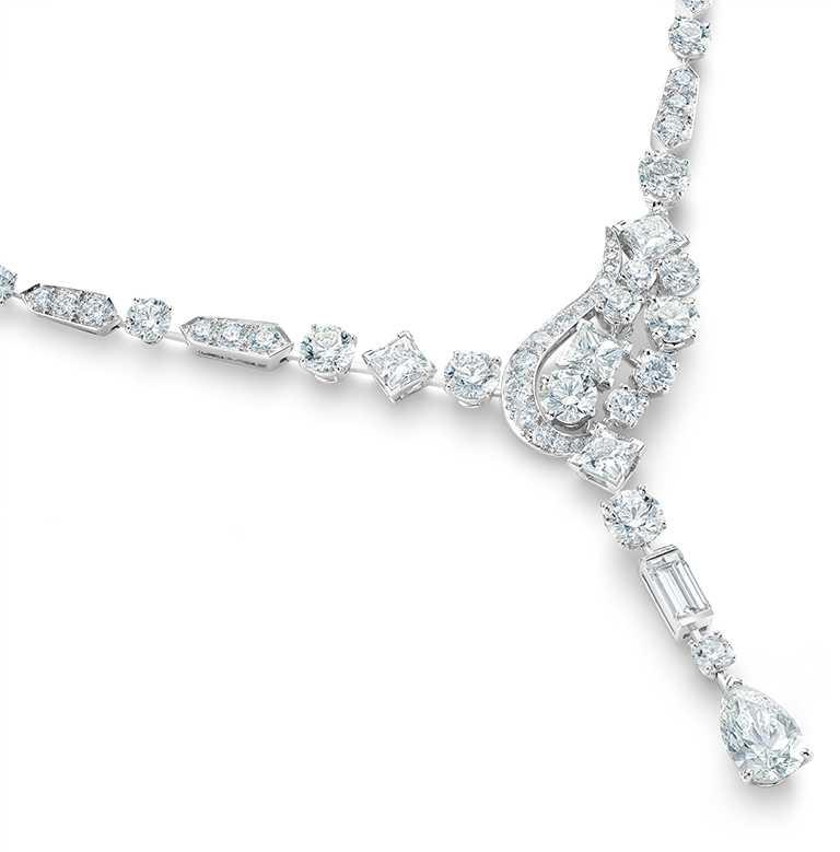 DE BEERS「Phenomena Glacier」高級珠寶鑽石項鍊,主鑽2.75克拉,總重26.26克拉╱7,800,000元。(圖╱DE BEERS提供)