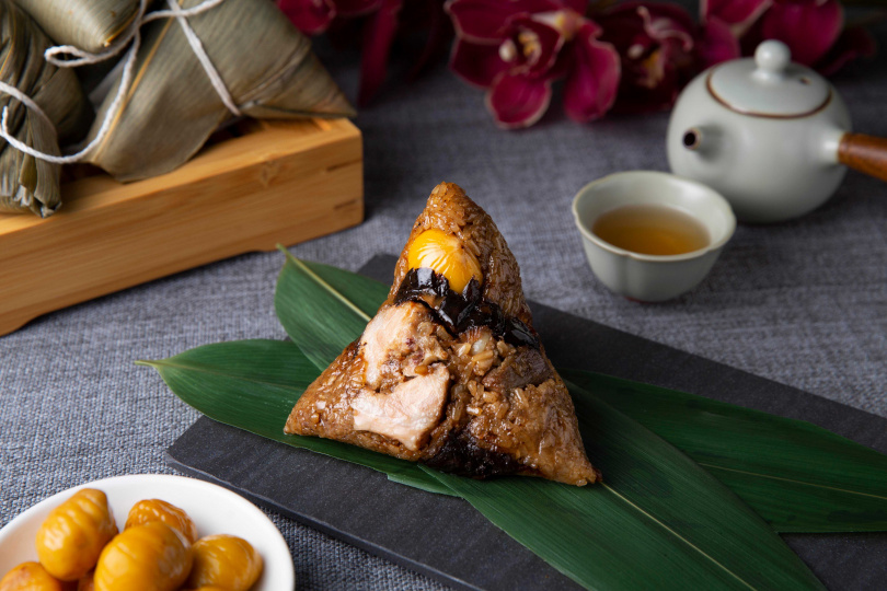 黑蒜藥燉肋排(480元)。(圖/西華飯店提供)