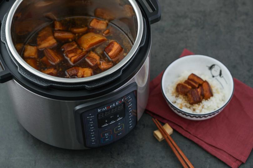 YouTube上有超過100多萬影音,教別人如何透過Instant Pot煮食飯菜。