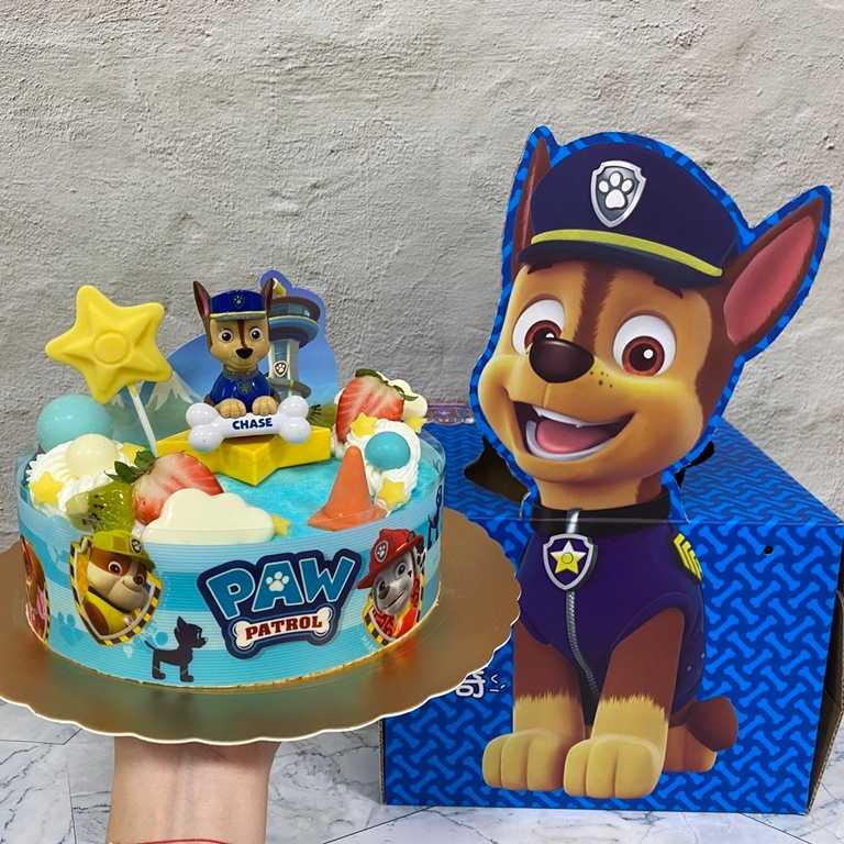 「警長阿奇」為7吋乳酪戚風蛋糕,內容有香草慕斯、芒果慕斯、椰奶香緹、葡萄柚Q凍、芒果餡與麻吉丁。(580元)