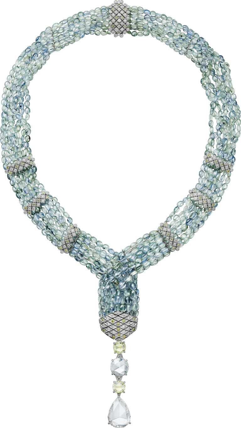 Cartier「ACHERNAR系列」藍寶石串珠項鍊╱白K金,1顆4梨形玫瑰形切割鑽石、1顆玫瑰形切割鑽石、2顆改良明亮式切割鑽石、藍寶石珠、黃色明亮式切割鑽石,及明亮式切割鑽石╱32,100,000元。(圖╱Cartier提供)