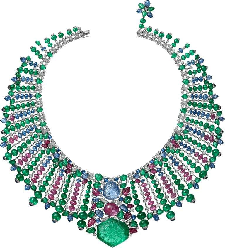 Cartier「Tutti Frutti水果錦囊系列」MAHABALI項鍊╱鉑金,1顆雕花哥倫比亞祖母綠、1顆雕花緬甸藍寶石、1顆雕花緬甸紅寶石、雕花祖母綠、藍寶石、紅寶石、祖母綠、藍寶石圓珠、瓜形切割紅寶石圓珠、凸圓形切割藍寶石,及圓形明亮式切割鑽石╱164,000,000元。(圖╱Cartier提供)