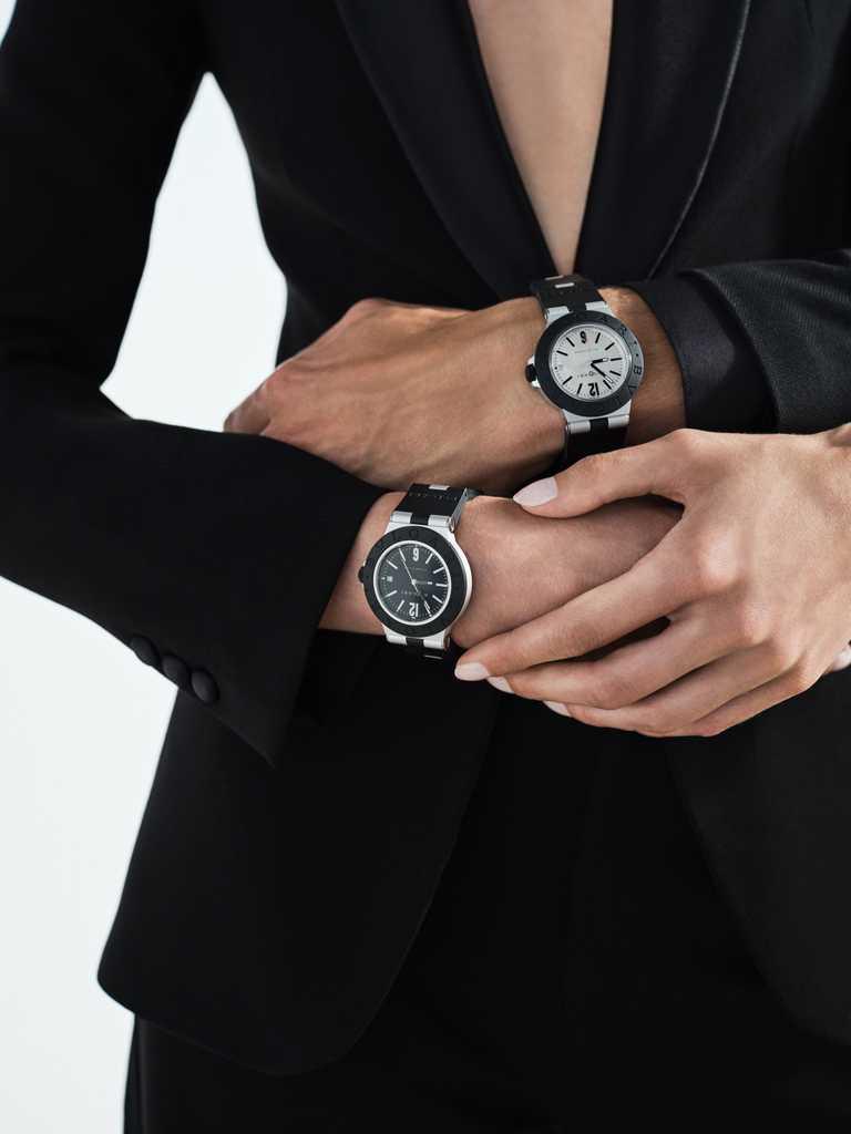 (左)BVLGARI「ALUMINIUM」系列,自動上鏈鋁合金腕錶,黑色錶盤╱91,400元;(右)「ALUMINIUM」系列,自動上鏈鋁合金腕錶,暖灰色錶盤╱91,400元。(圖╱BVLGARI提供)