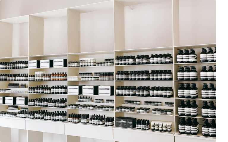 店內擁有Aesop全系列的護膚、護髮和身體保養產品。 (圖/品牌提供)