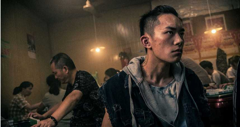 易烊千璽形象大翻轉演出口碑強片《少年的你》。(圖/Netflix提供)