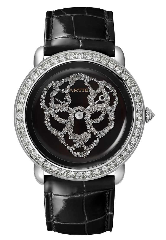 CARTIER「Révélation d'une Panthère」美洲豹腕錶,鍍銠白K金錶殼,錶徑37mm,鑽石737顆╱3,600,000元。(圖╱CARTIER提供)