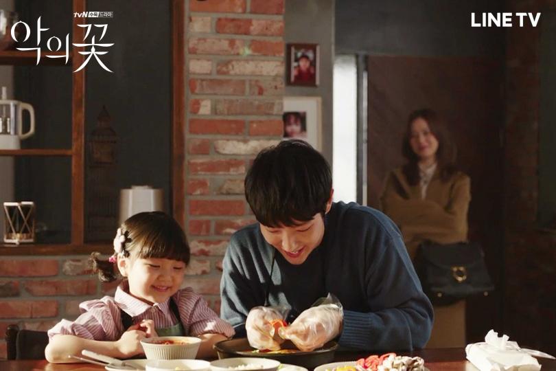 李準基睽違兩年重回小螢幕,在新戲中演爸爸。(圖/LINE TV提供)