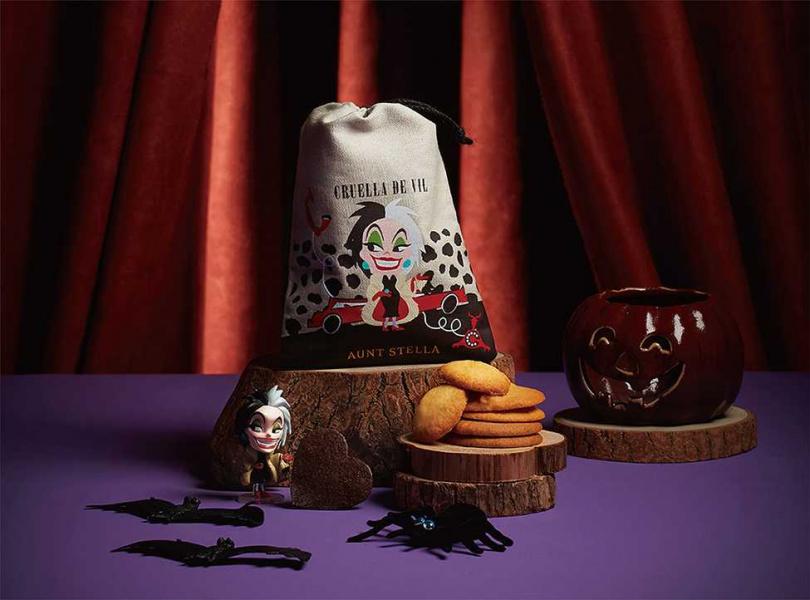庫伊拉造型束口袋裝有為故事設計的主題口味餅乾。